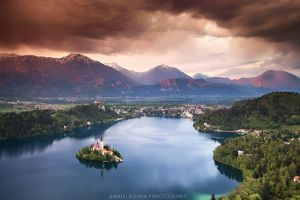 Panoramic view of Lake Bled.jpg